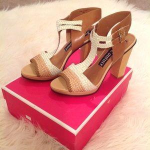 Juicy Couture Brown/Cream Heels